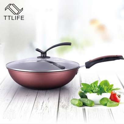 34cm Wok Frying Pan With a Lid image 1