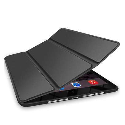 iPad 7 10.2 image 2