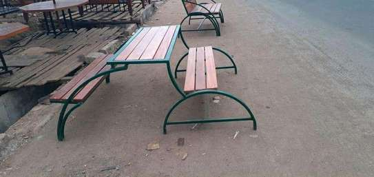 Folding bench/table image 1