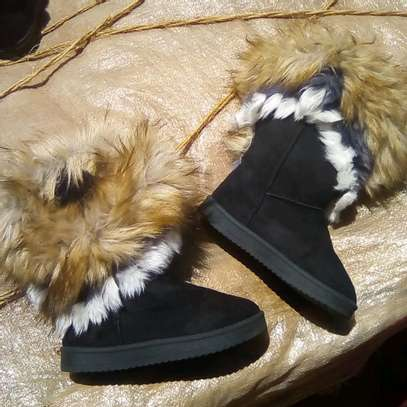 Kid's winter boots image 1
