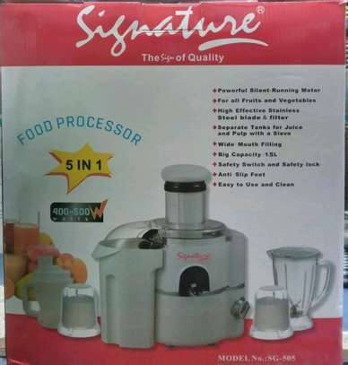 Powerful 5 in 1 food processor image 1