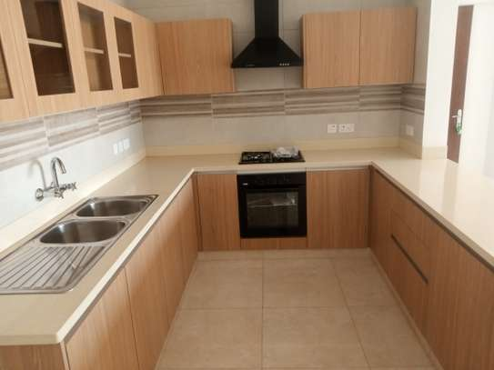 2 bedroom apartment for rent in General Mathenge image 6