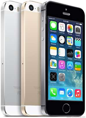 Apple iPhone 5S 32GB Refurbished (Boxed and sealed) image 2