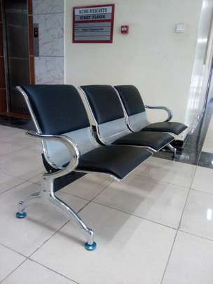leather padded linked reception seats image 2