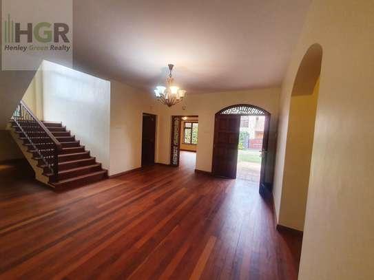 4 bedroom house for rent in Karen image 9