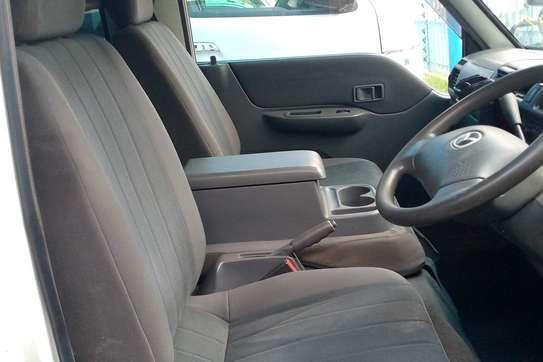 Mazda Bongo image 6
