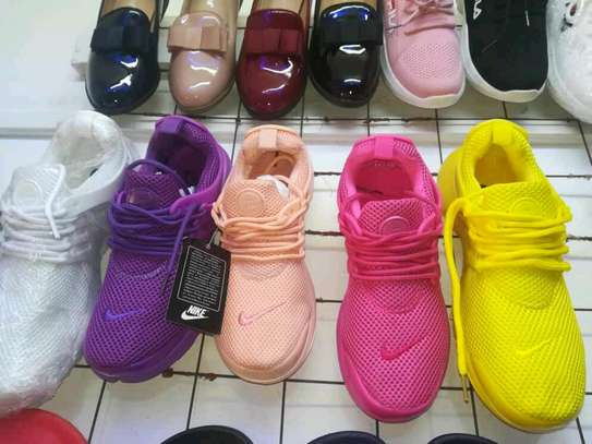 Nike sports shoes for ladies