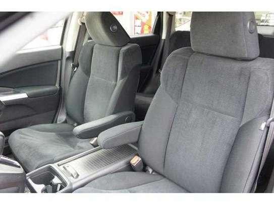 Honda CR-V image 12
