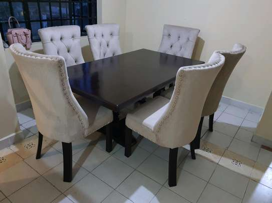 6 seaters  dining table image 1