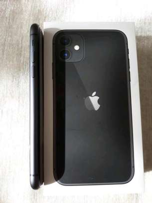 Apple Iphone 11 Black 256Gb And Iwatch Nike Edition image 4