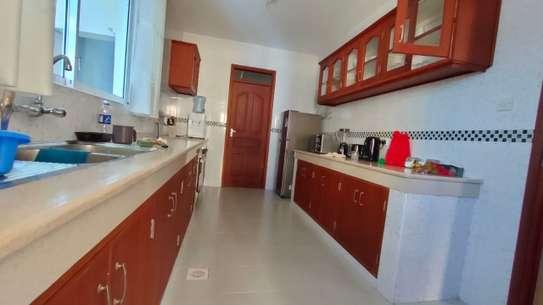 Furnished 2 bedroom apartment for rent in Nyali Area image 8