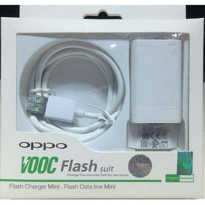 Original Oppo VOOC 5V 2.4A Flash Charger For Android image 3