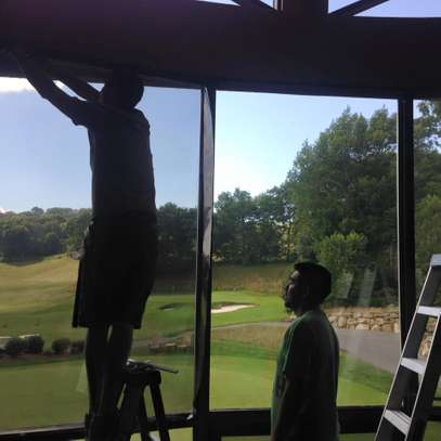Best Commercial Window Tinting & Residential Window Tinting.Affordable Service.Get A Free Quote Today.