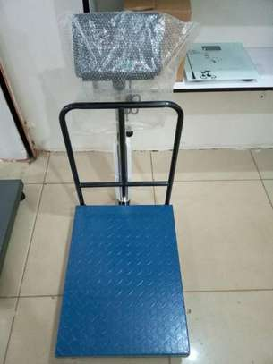 Digital Industry Bench Platform Scale with Interface image 1