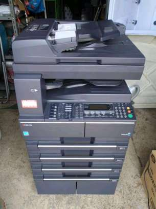 printer kyocera taskalfa 181 image 1