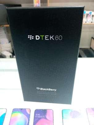 BRACKBERRY DTEK60 4GB RAM 32GB ROM 8MP FRONT CAMERA 21MP REAR CAMERA 5.5 image 1