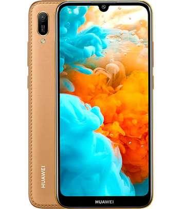 Huawei Y 6 image 1