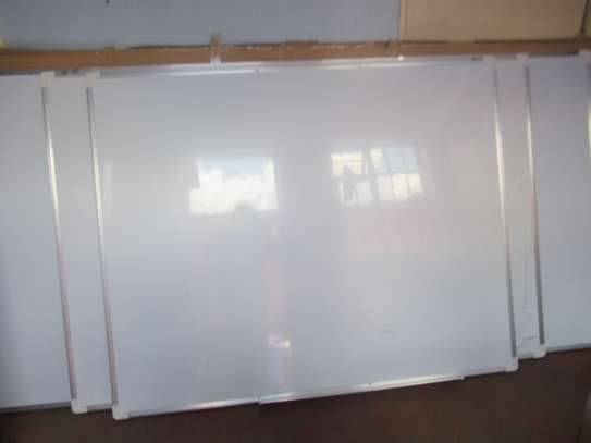 WHITEBOARDS FOR SCHOOLS, OFFICES AND SEMINARS (ALUMINIUM FRAMED) image 2