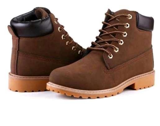 Ladies fashion boots image 5