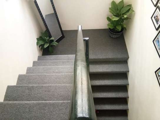 stairs delta wall to wall carpet image 1