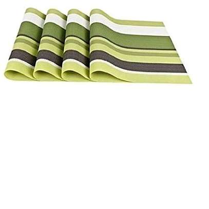 Table mat green white 4pc image 1