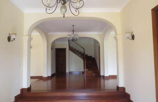 5 bedroom house for rent in Thigiri image 5