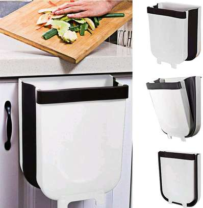 Collapsible Expandable dustbin over the shelf image 6
