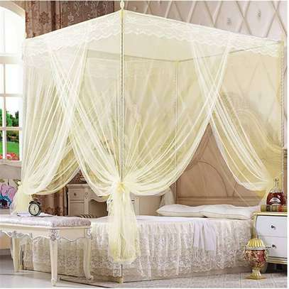 Mosquito net With 4 Metallic Stands image 1