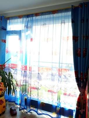 CURTAINS AND BLINDS image 9