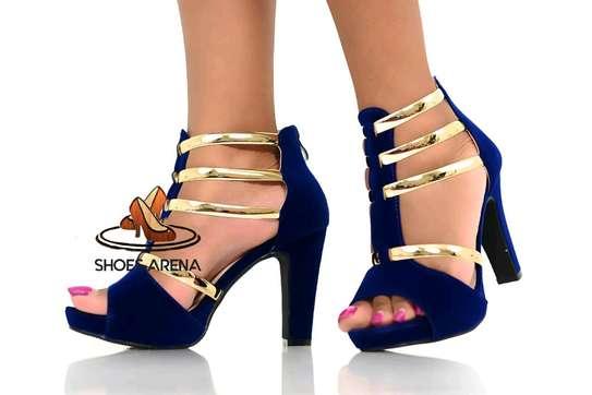 Trendy Heels image 11