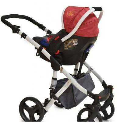 3 in 1 Stroller Set Combo & Carry Cot (A stroller, bassinet & carrycot) image 4