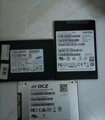 800gb SSD (new) image 1