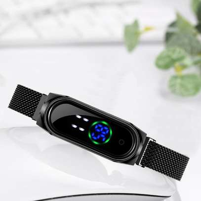 Magnetic Band Watch