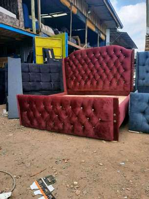 Stylish Contemporary Upholstered 5by6 Bed image 1
