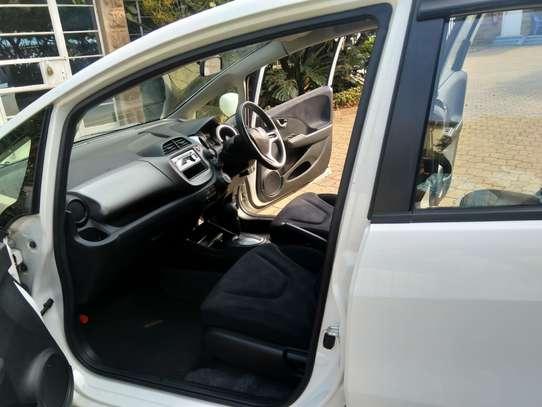 Honda Fit image 10