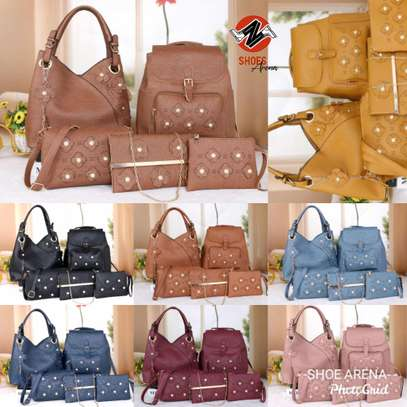 Amazing 5 in 1 Pure leather Handbags image 3