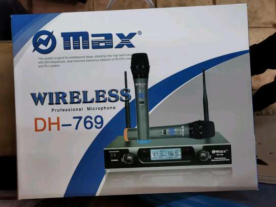 Max wireless microphone image 2