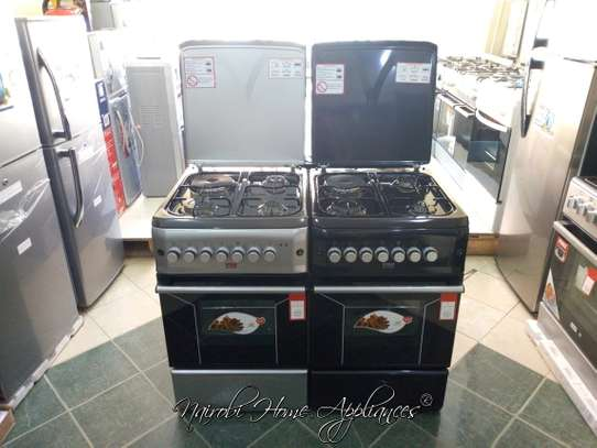 Von Hotpoint Cooker, 50x55cm, 3 Gas Burners and 1 Electric image 1