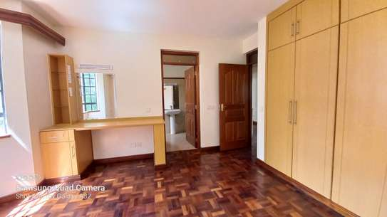4 bedroom apartment for rent in Rhapta Road image 8