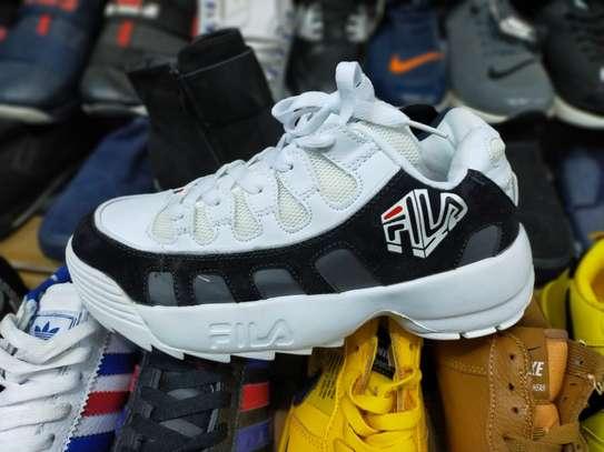 New design fila shoes image 2