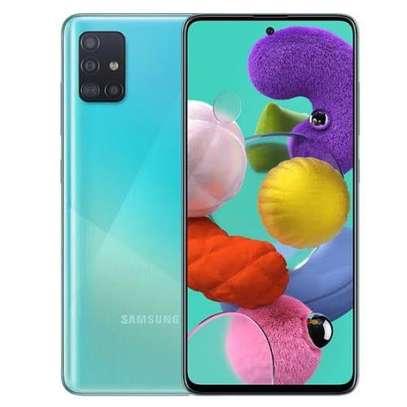 Samsung Galaxy A71 Dual-SIM 128GB Smartphone image 1