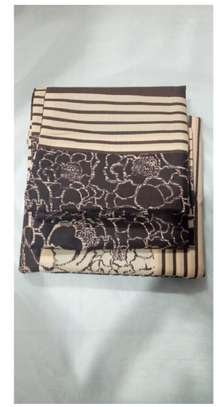 striped brown bed sheets image 1