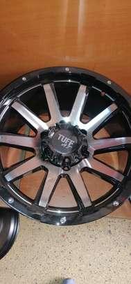Size 17 Toyota Hilux rims image 5