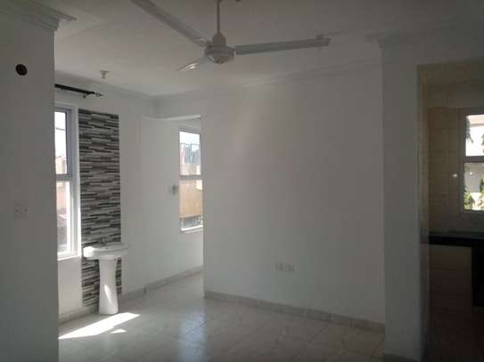1br Sunset Court newly built apartment for rent in Nyali. AR51 image 3