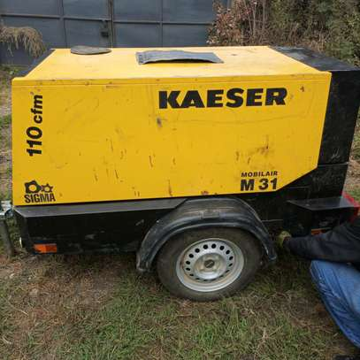 Air compressor for hire 7 bar image 3