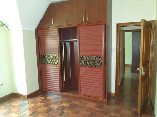 5 bedroom townhouse for rent in Kileleshwa image 3