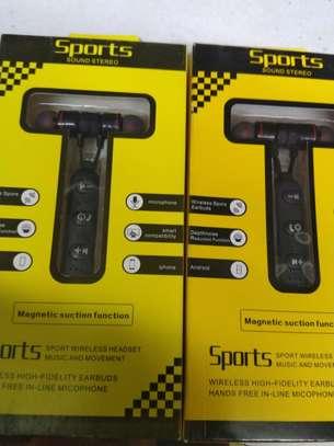 magnetic wireless earphones image 1