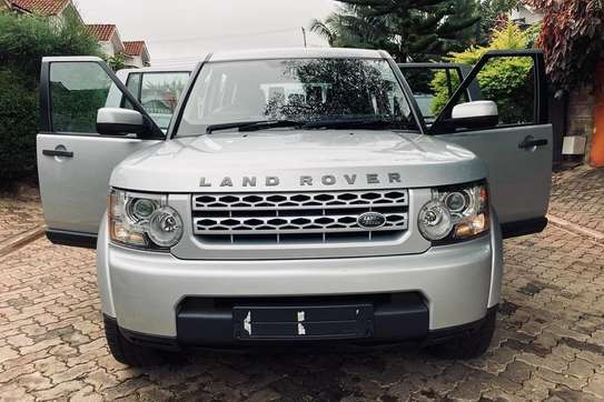 Land Rover Discovery 4 image 2