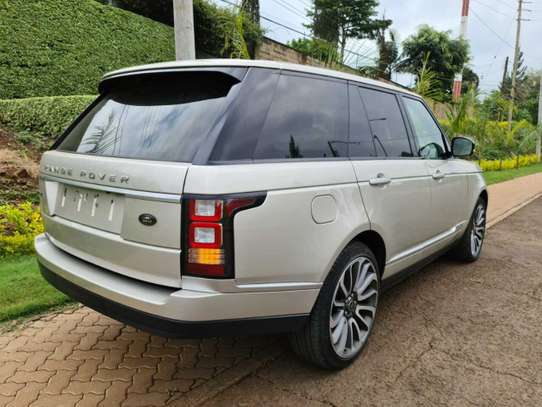 Land Rover Range Rover Vogue image 8