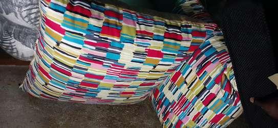 Puffs/poufs/footrest image 4